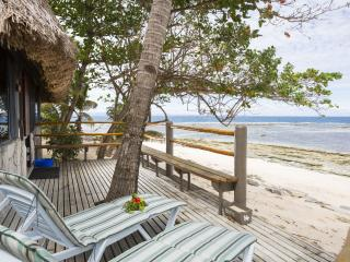Beachfront Bure - Patio