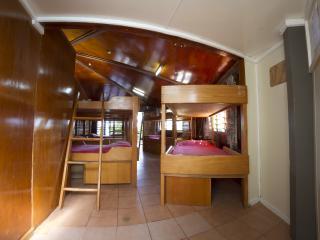 Falekau Dormitory - Interior