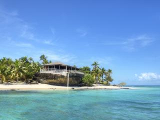 Fiji Luxury: Island Villa Stays