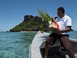 How To Travel Fiji Like a Celebrity