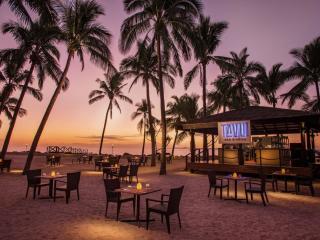 Tavu Bar & Grill