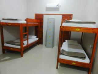 4 Bed Mixed Dorm