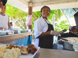 South Sea Island Cruise - Lunch